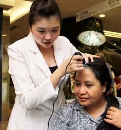 Losing hair a new female woe